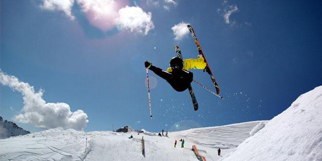 Esquí en una montaña